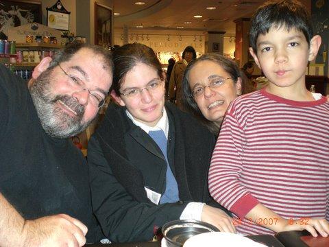 Dorron & family, 2007